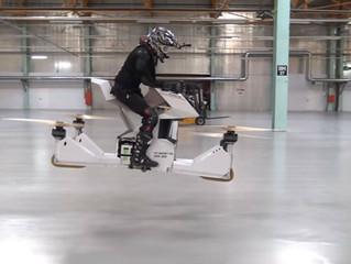 Empresa russa apresenta 'moto-drone' que consegue transportar uma pessoa