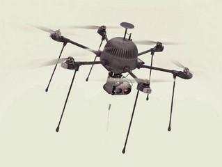 Empresa revela drone que pode se manter no ar para sempre