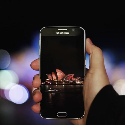 Phones_056 (_demas).mp4