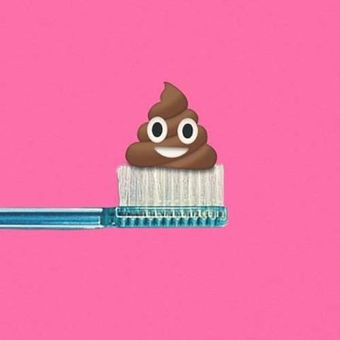 Emoji_045 (_suckertom).jpg