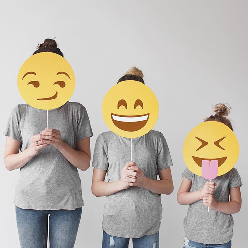 Emoji_017 (_allthatisshe).jpg