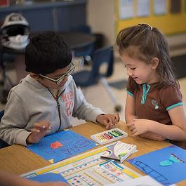 kindergarteners at art