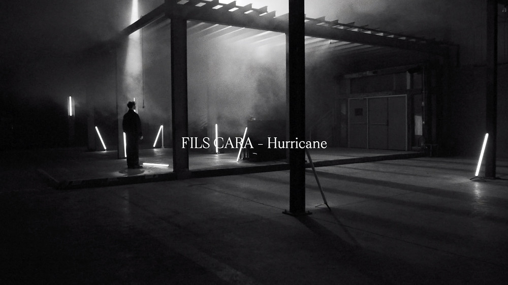 "Fils Cara, live session, ""Hurricane"""