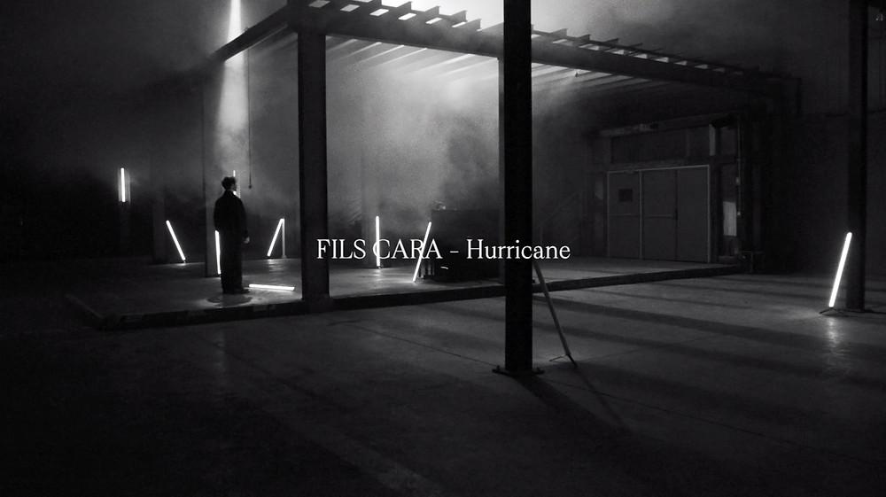 "Fils Cara, live session, ""Hurricane"""