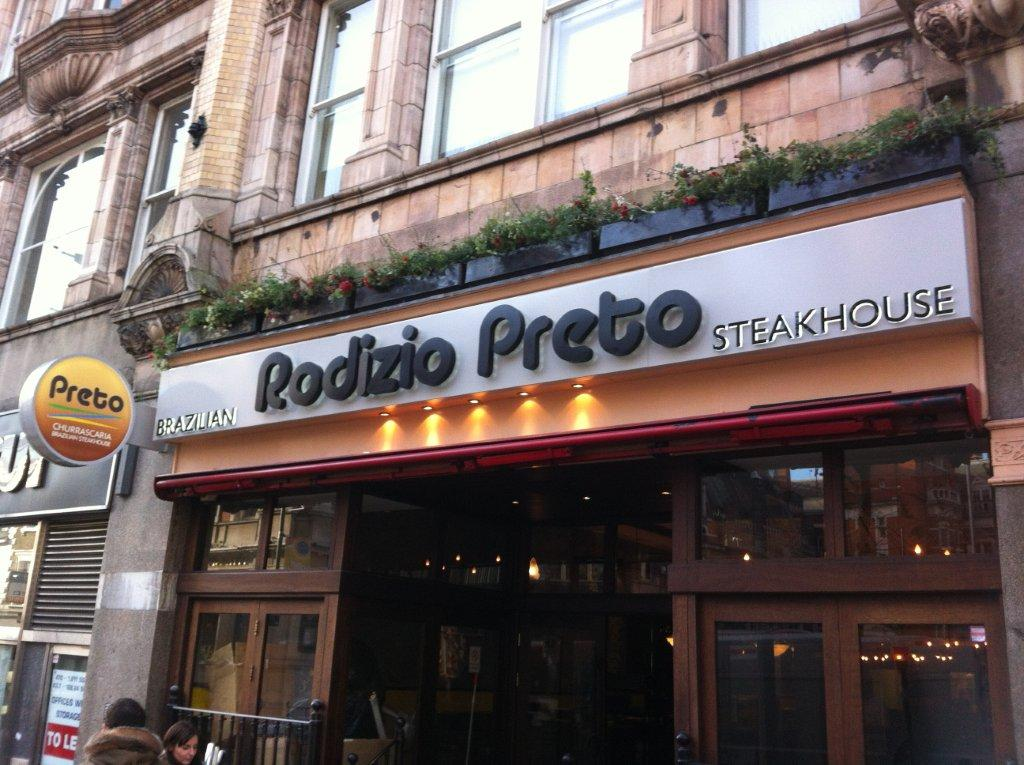 Preto Steakhouse.jpg