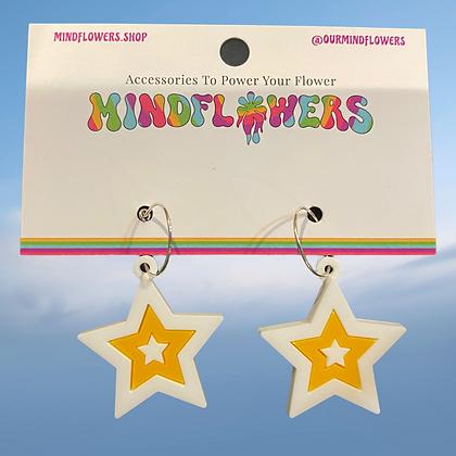 Shooting star earrings by MindFlowers