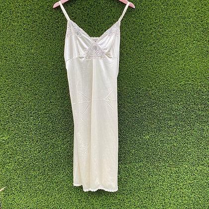 Bride 2 b |Vintage cream slip dress