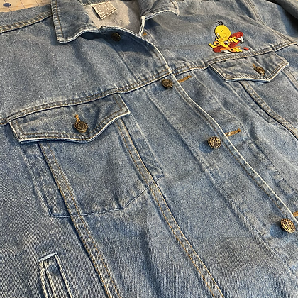 I thought I saw a poody tat | vintage Looney Tunes denim jacket