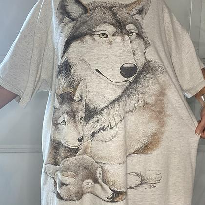 Lone wolf  | Vintage wolf  t-shirt