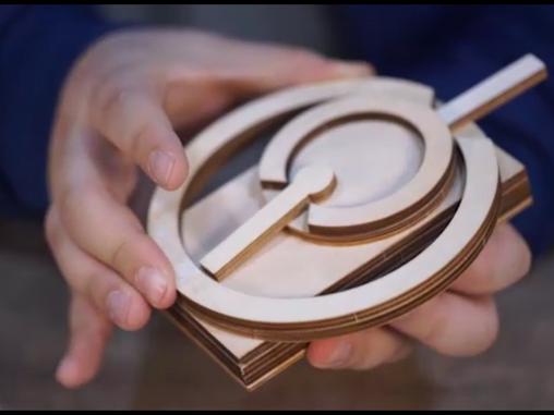 圓月與齒輪 Full Moon and Hand-made Fidget Art  toys