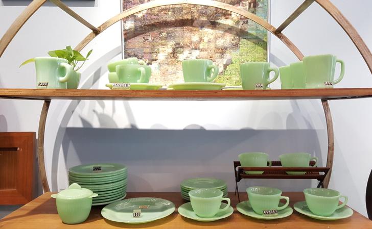 復修行 nlostnfound antique vintage curio shop
