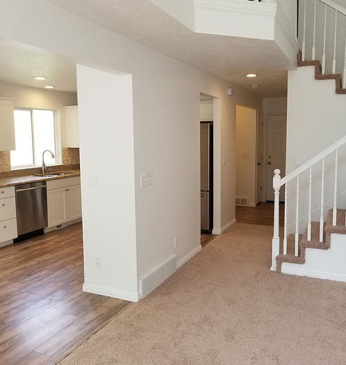 HQ Construction Home Remodeling.jpg