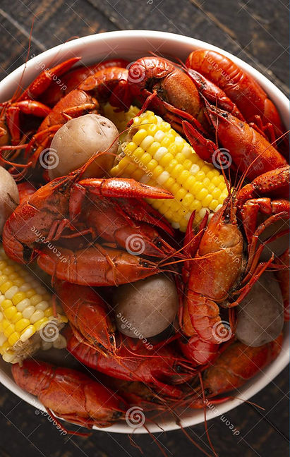 crawfish-boil-corn-cob-potatoes-14668460