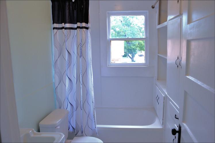 Garage Apartment Bathroom.jpg