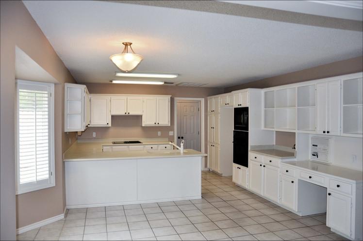 Kitchen 027.jpg