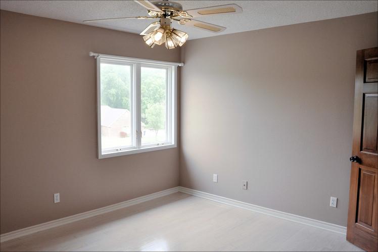 Bedroom 022.jpg