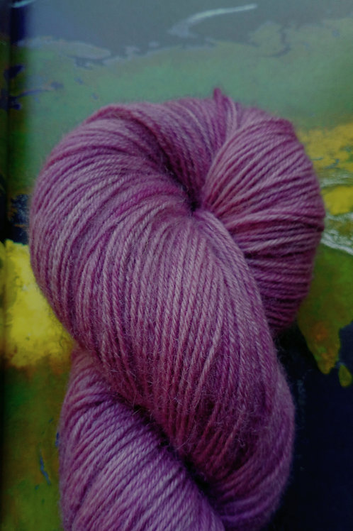 VIEUX ROSE -  4ply fingering Blue Faced Leicester