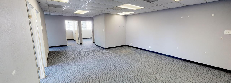 Suite 208 - Open Area