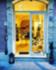 shop in ortigia's street