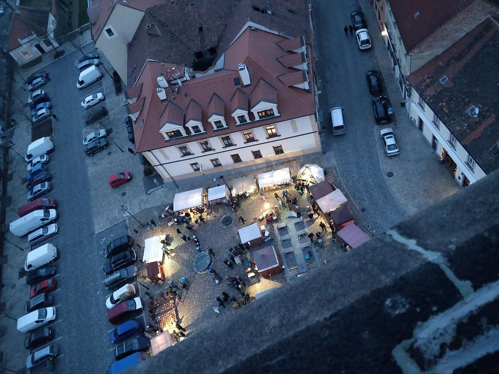 Vánoční trhy v Písku 2017 (pohled z kostelní věže). Foto: Jakub Šafránek