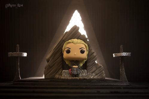 Taenerys Targaryen At Dragon Stone
