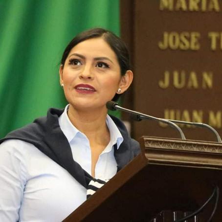 Exhorta Araceli Saucedo, a las autoridades municipales, habilitar espacios para la población en situ