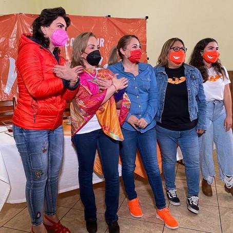Inicia Mercedes Calderón, actividades electorales arropada por mujeres