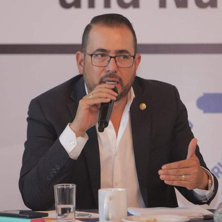 De uno a seis años de cárcel a quienes agredan a personal de Salud: Humberto González Villagómez