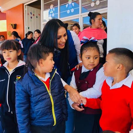 Inaugura Araceli Saucedo techumbre en Jardín de Niños en Salvador Escalante
