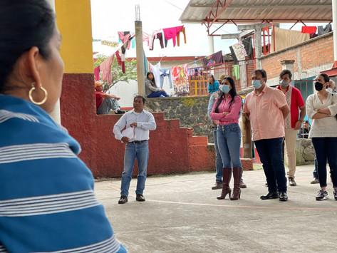 Visita Julio Arreola la Isla de Tecuena para escuchar a los pobladores