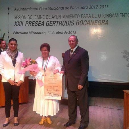 YOLANDA SERENO AYALA GALARDONADA CON LA PRESEA GERTRUDIS BOCANEGRA