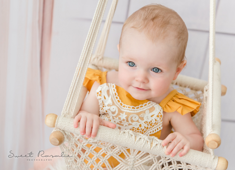 Sweet_Rosalie_Baby_Schaukeln.png