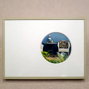 Papel de color. Passepartout con ventana circular