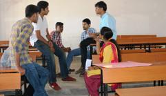 Design Thinking for student entrepreneurs by Hreemm