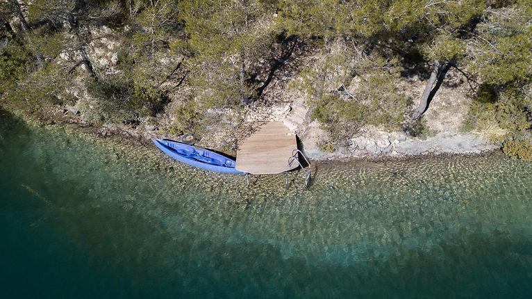 Kayak isolé (5).jpg