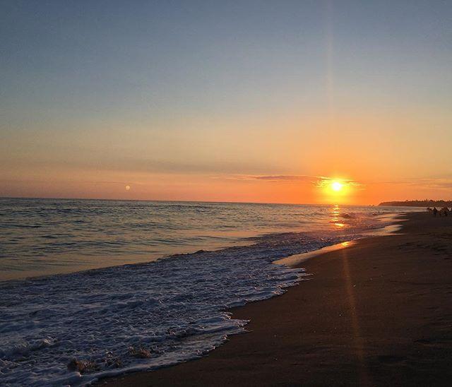 Sunset 🌅 #worthit #sunset #westcoast #b