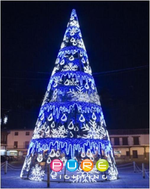 Snow Flake Christmas Tree.jpg