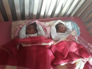 jumeaux sieste.jfif