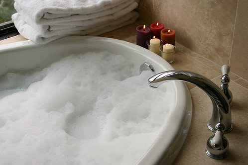 Luxurious Foam bubble Bath