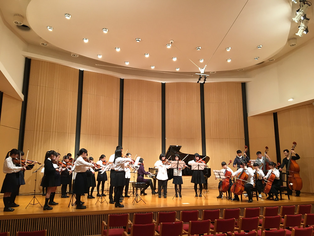 Rehearsal before the lunch time concert
