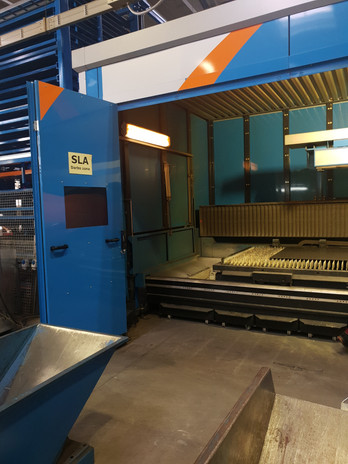 7_Heavy  CNC Laser Router Machine.jpg