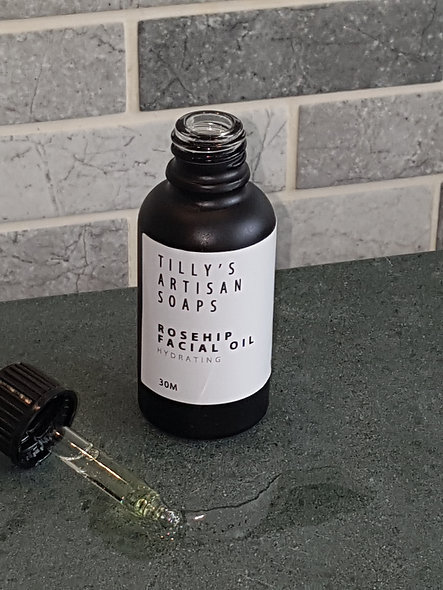 Rosehip facial oil