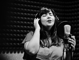 Five Reasons to Choose a Professional Recording Studio over Home-Recording