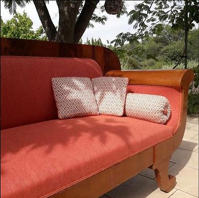 Canapé 3 places #tissuuniorange#jabansto