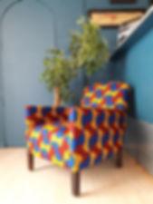 Charlotte et Claire | Mobilier Moderne et Contemporain | Recouverture d'un fauteuil moderne | Particulier | Tissu wax