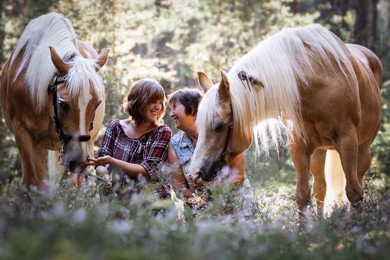 Nina & Dusty mit Helga & Sabrina