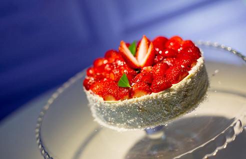 Tort cu Fructe- 103.5/kg