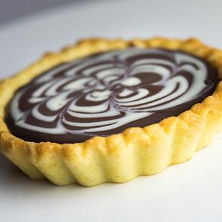 Tarta cu ciocolata neagra - 11.5 lei/95gr