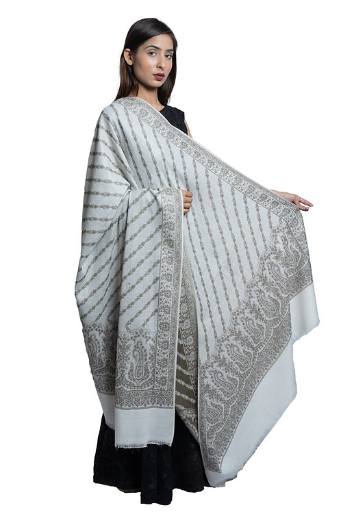 Women's Fine Wool, Paisley Designer Border, Diagnol Floral Pattern, Jacquard