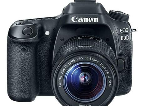 Canon EOS 80D Digital SLR Kit with EF-S 18-55mm f/3.5-5.6 IS STM Lens (Black)